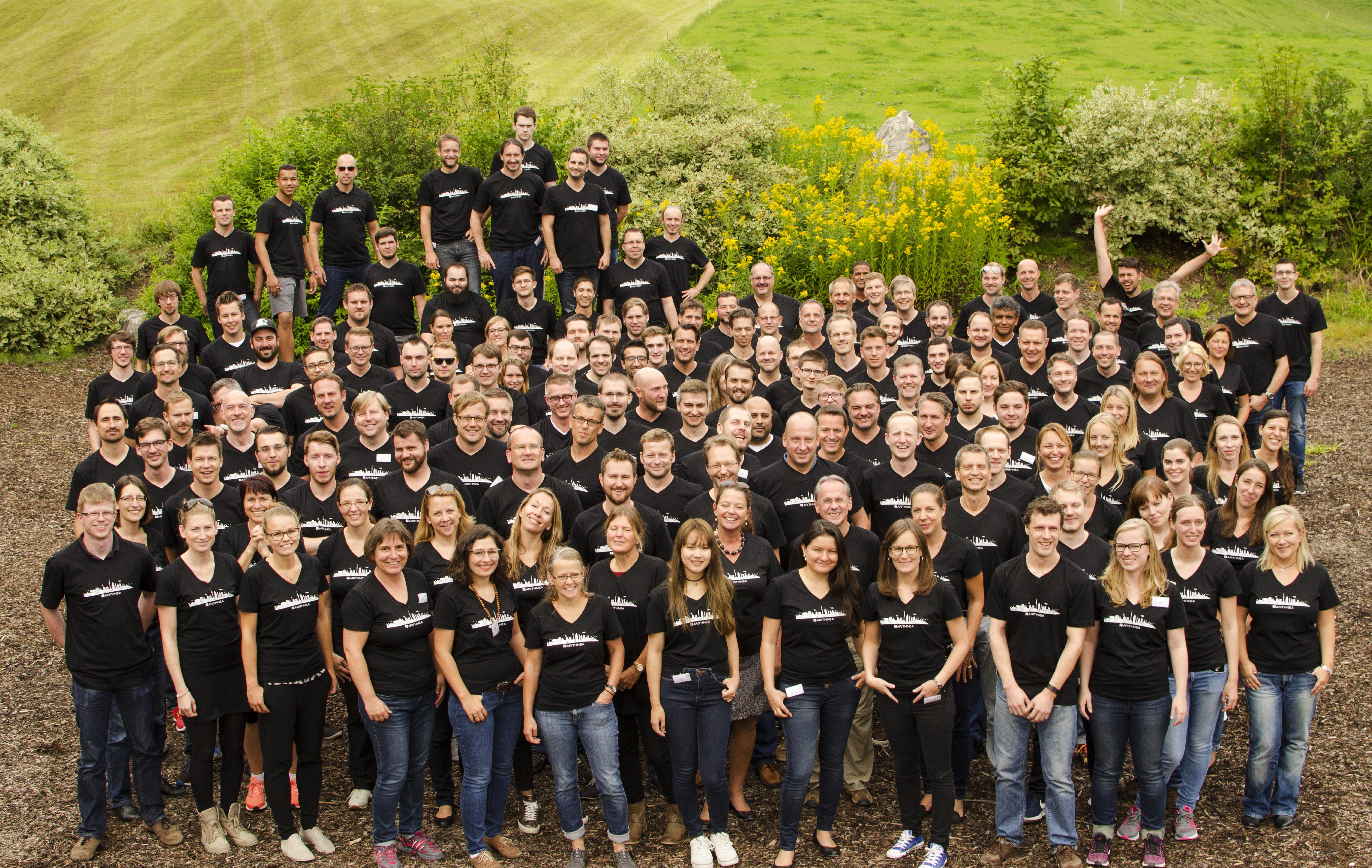 Presse_ARITHNEA-Firmenfoto-Team-2016