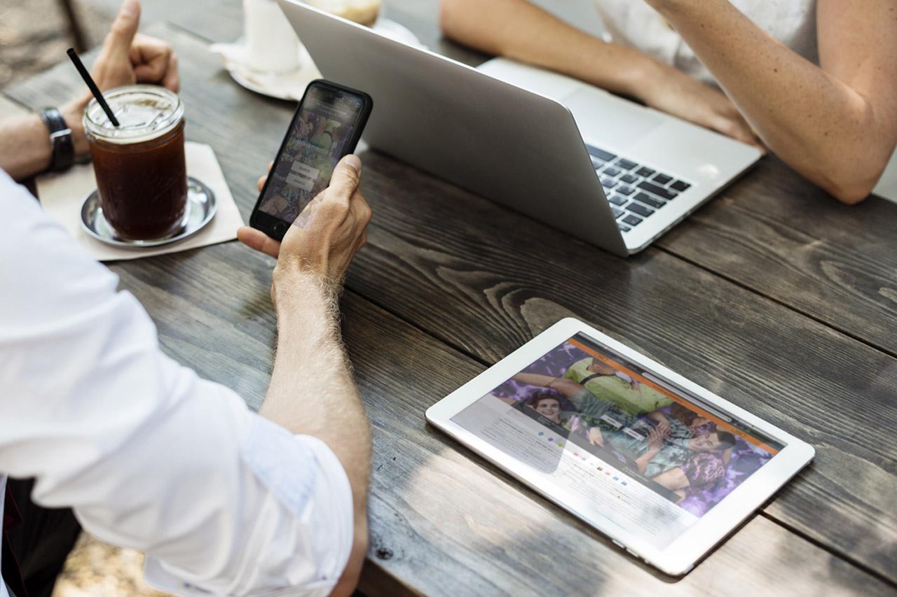 E-Commerce & Online Shops